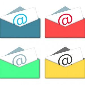 E-maile pozwalają na odrodzenie tradycji pisania listów? Fot. Sxc.hu