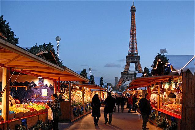 Świąteczne widoki Paryż