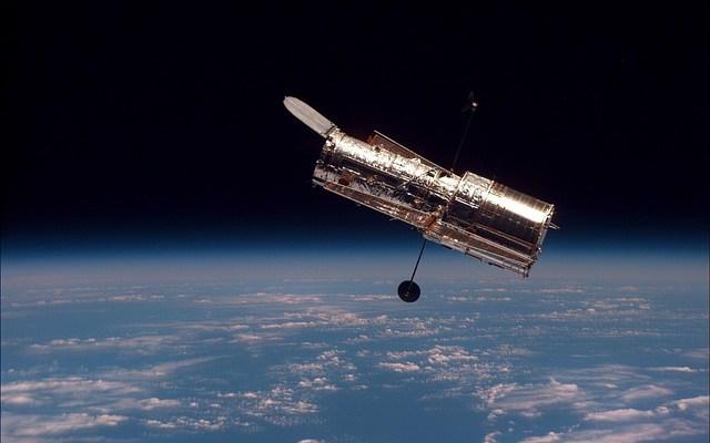 kosmos - teleskop Hubble'a