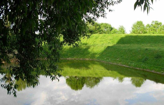 Pozostałości po szańcu na Sadach Żoliborskich to dziś tzw. Górki Włościańskie