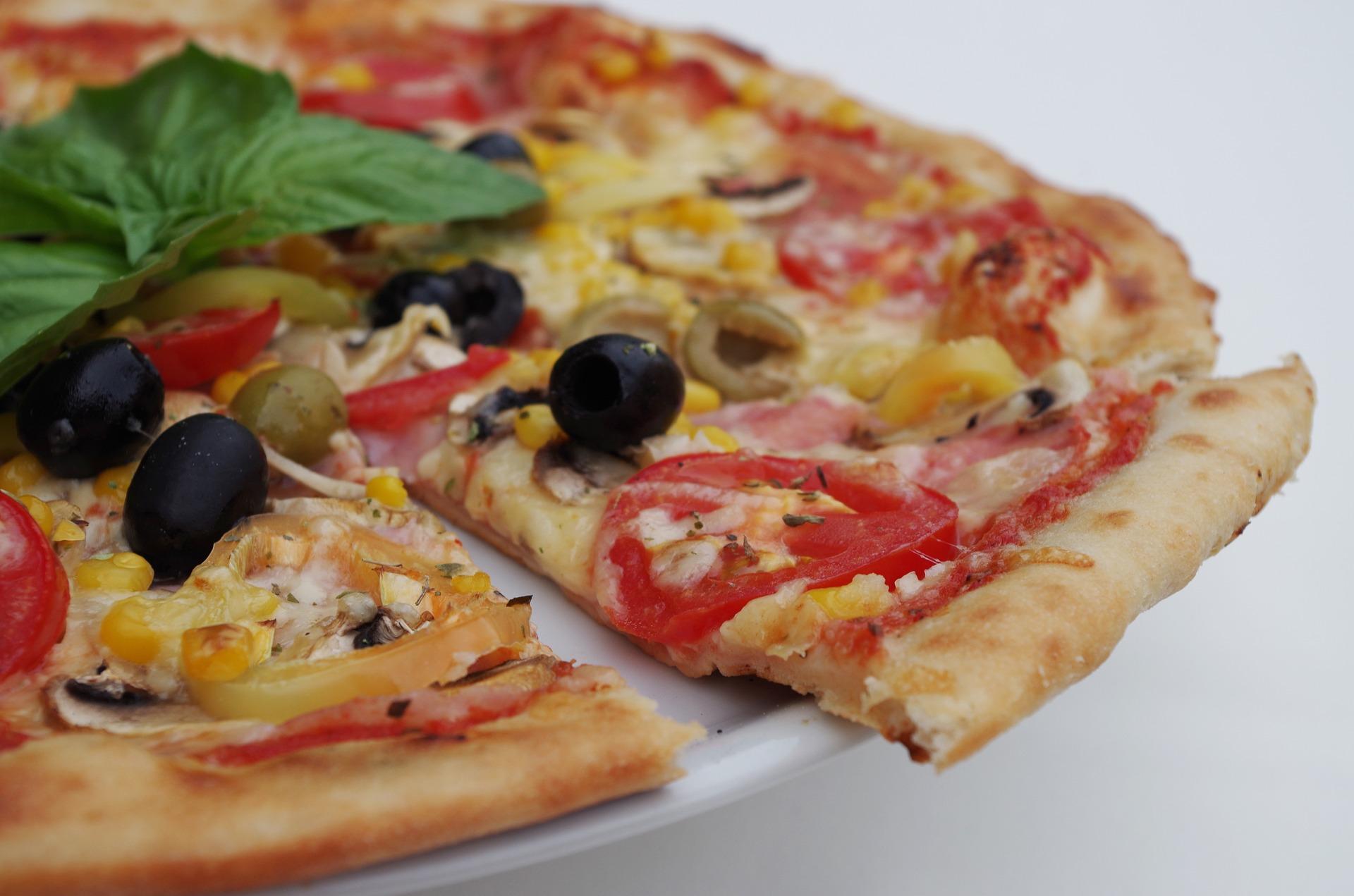ciasto na pizzę, pizza,