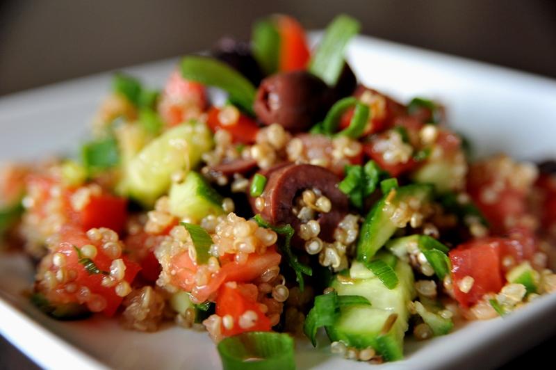 Jakie najpopularniejsze dania z komosą ryżową warto polecić?