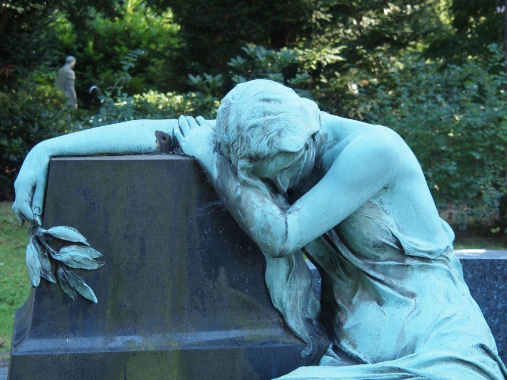 Nagrobki i pomniki cmentarne