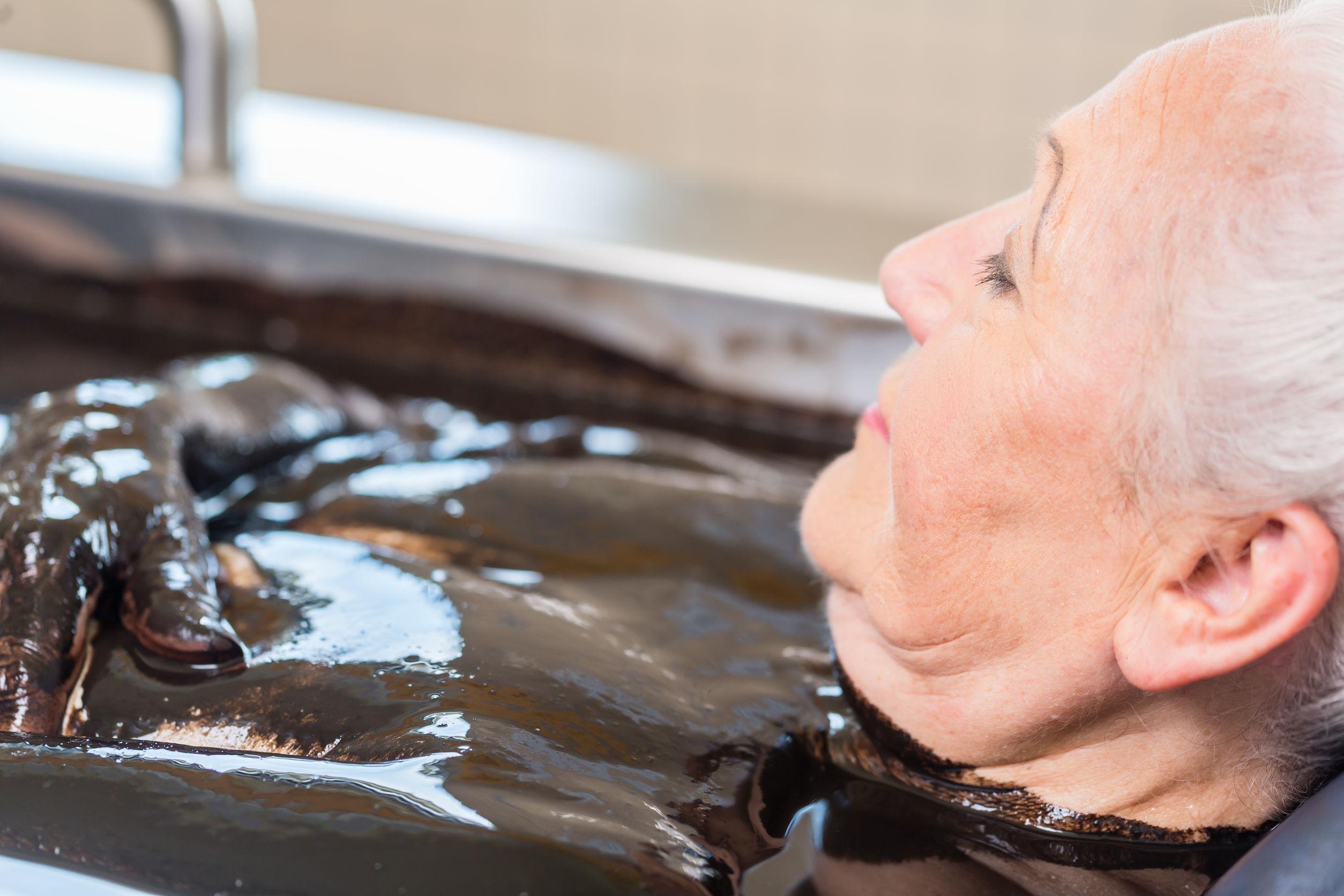 kąpiel borowinowa