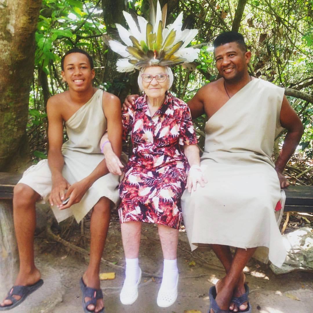 90-letenia podróżniczka zwiedza świat