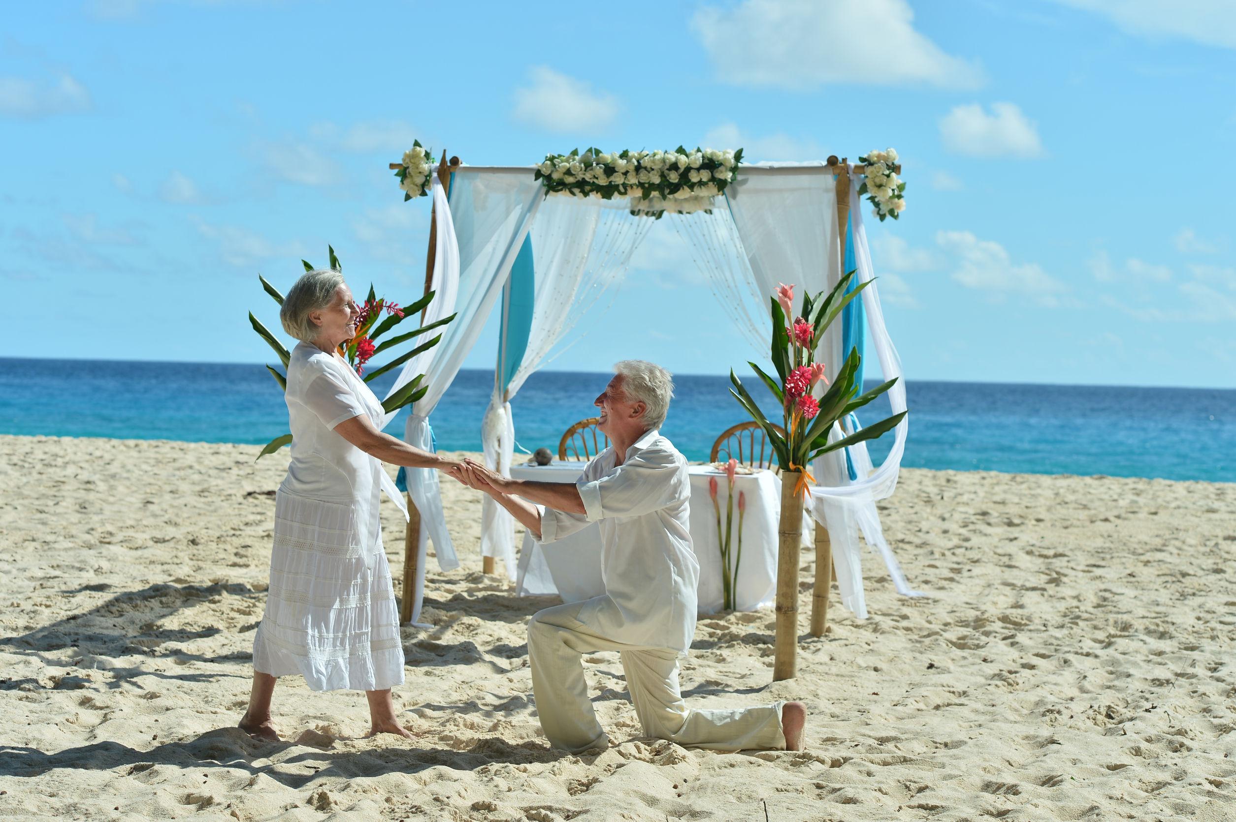 Małżeństwa, małżeństwa wśród seniorów, ślub seniorów, oświadczyny, zaręczyny, ślub po 60