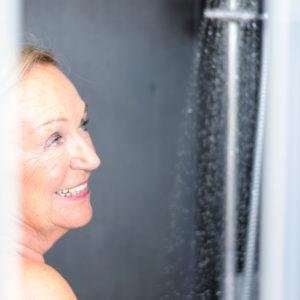 Taboret pod prysznic - jakie krzesło czy siedzisko pod prysznic
