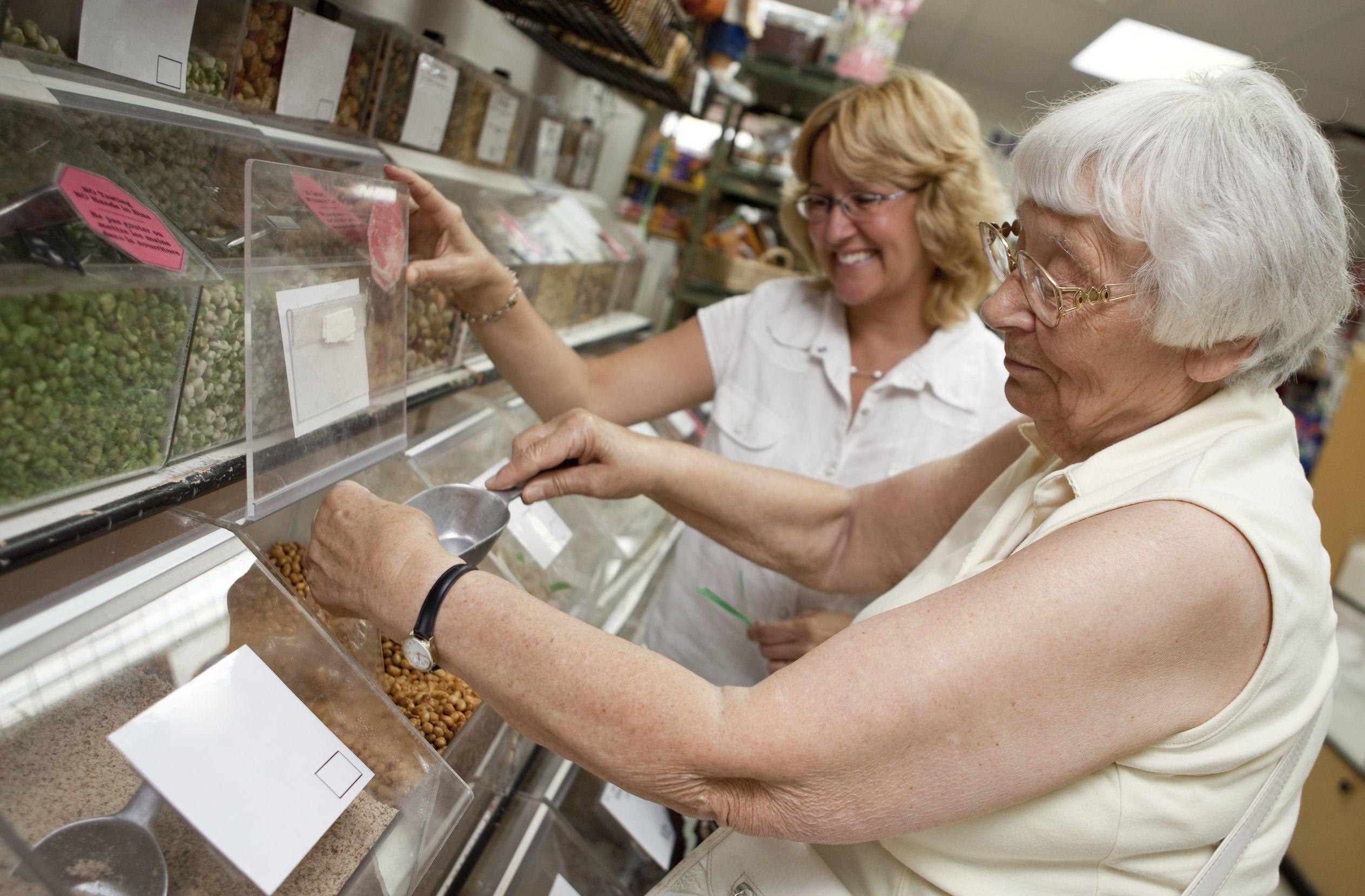 Według rekruterów senior w pracy jest bardziej sumienny niż młodzi ludzie