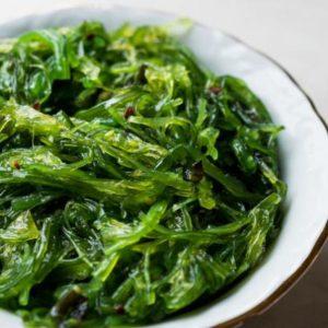 Dieta Japończyków zawiera dużo ryb, warzyw i glonów